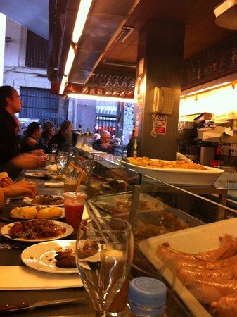 Bar Pinotxo : Breakfast at Pinotxo