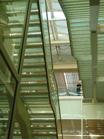 Carré d'Art/Musée d'art contemporain : a room with a view!