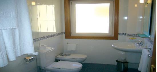 Mirador Ria de Bayona: Cuarto de baño