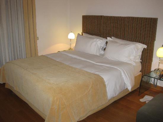 Eridanus Hotel: Our room