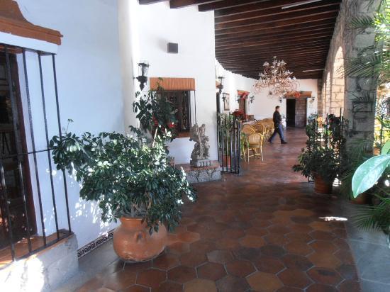 Hotel Real de Minas: Le charme des patios