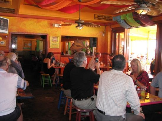 Frenchy's Rockaway Grill: Very colorful