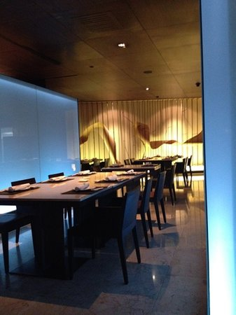 Tsu Japanese Restaurant - at the JW Marriott Hotel Bangkok: elegant