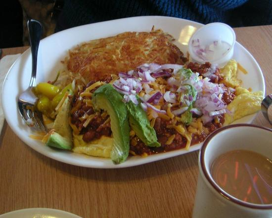 Swing Inn Cafe: Chilli Cheese Omelete with Avocados