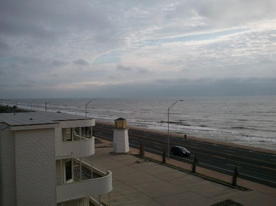 Holiday Inn Express Hotel & Suites Galveston West - Seawall: Scenery