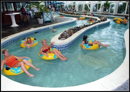 The Sandpiper Beacon Beach Resort: Indoor (seasonally heated) lazy river ride!