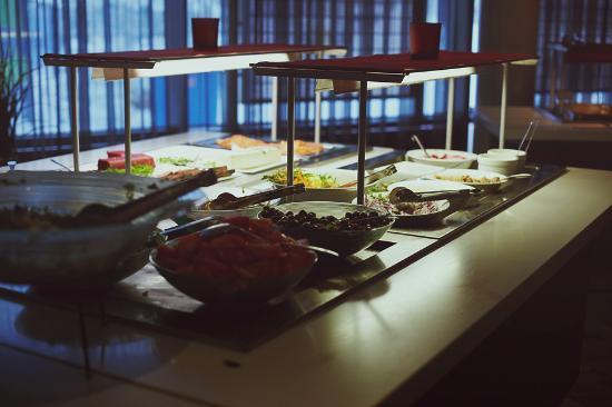 Laukaa, ฟินแลนด์: Шведский стол