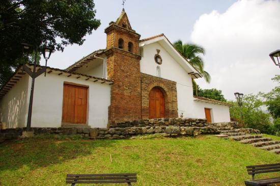Iglesia de San Antonio: Capilla de San Antonio - Baroque Style