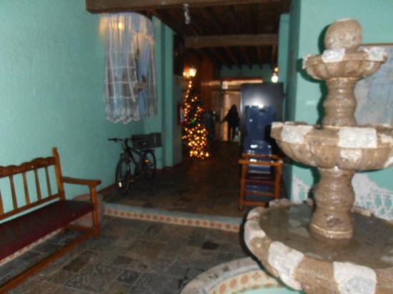 Hotel Juarez: L'entrée et la Réception