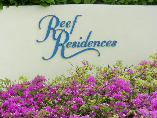 Reef Residences on Grace Bay: Entrance