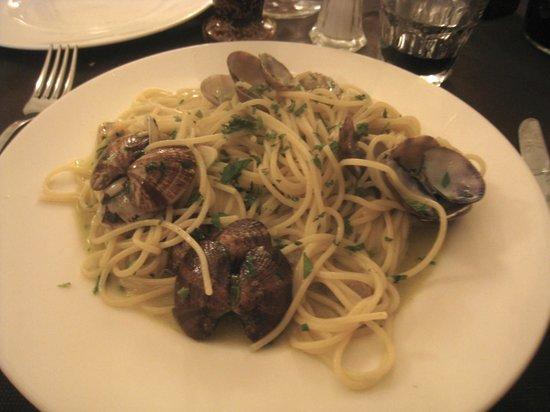 Osteria Le Arpie: sphaghetti con vongole