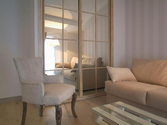 Le Petit Boutique Hotel: Salón Paris 3