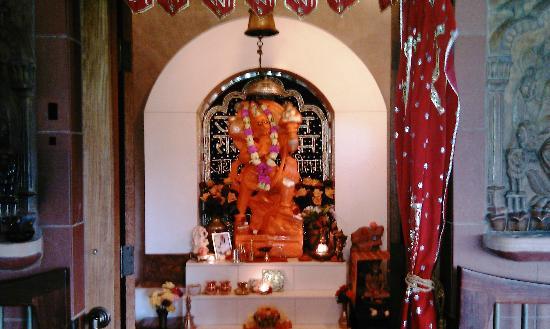 Mount Madonna Center: Hanuman Ji