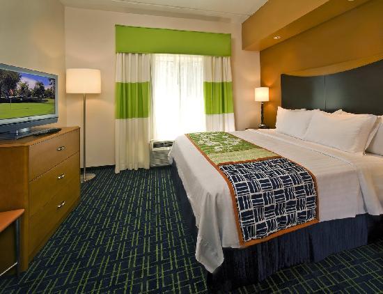 Fairfield Inn & Suites Jefferson City: Standard King
