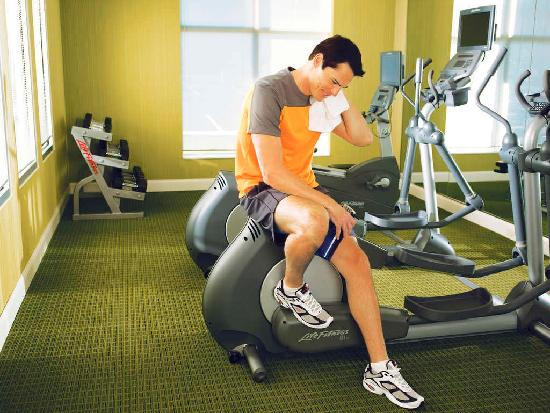 Fairfield Inn & Suites Jefferson City: Fitness Room