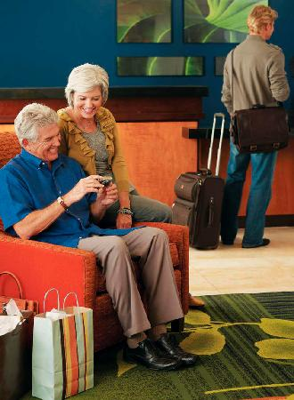 Fairfield Inn & Suites Jefferson City: Lobby/Reception