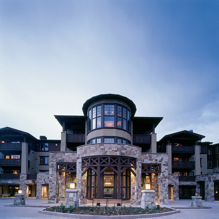 The Chateaux Deer Valley: Exterior