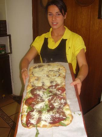 Il Divino: Pizza al metro