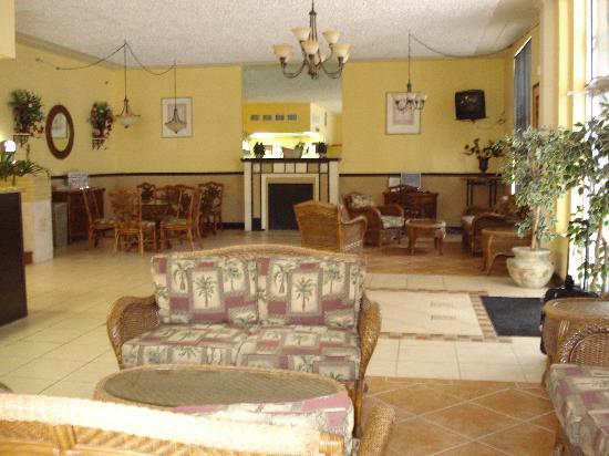 AAE Miami Beach Lombardy Hotel: Lobby
