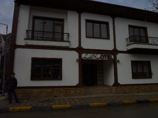 Lalehan Otel: The hotel
