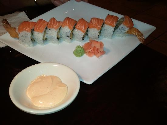 Sumo Sushi Bar & Grill: Monster Roll with Spicy Mayo on the Side