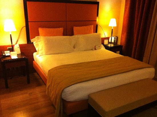 Crowne Plaza Milan - Malpensa Airport: Nice comfortable bed
