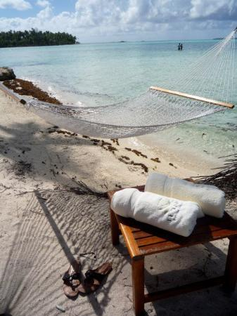 Tahaa, Polinesia francese: Hammocks ready for an afternoon snooze