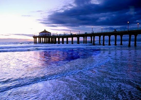 Manhattan Beach Pier at Dusk