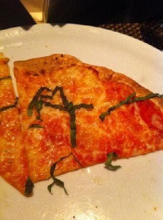 Stratta: margherita pizza