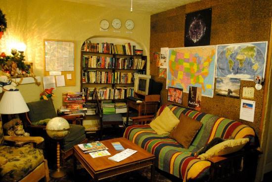 Route 66 Hostel: Lounge Area