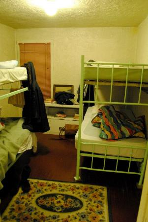 Route 66 Hostel: Girls Dorm, Bunk Bed
