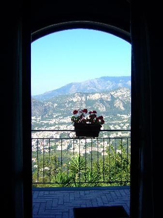 Villa Monica B&B: View from the room.