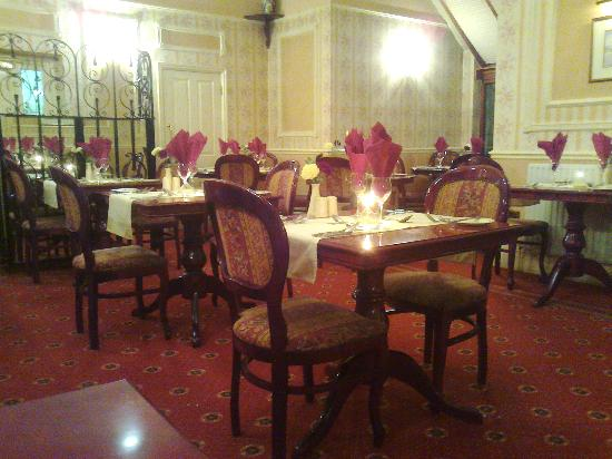 Stonecross Manor Hotel: The Restaurant at Stonecross Manor