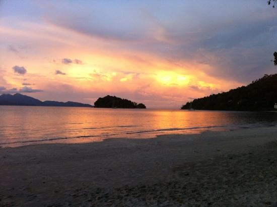 Tanjung Rhu Resort: sunset