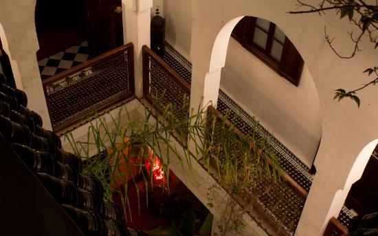 Riad Aguaviva: Blick ins Atrium