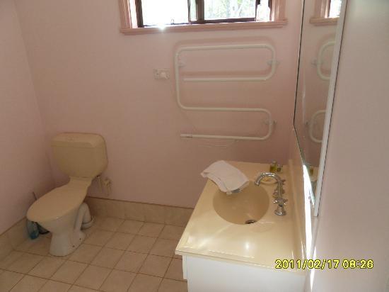 Denmark Waters: Bathroom