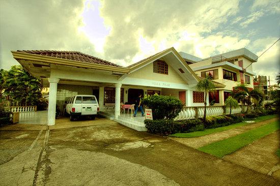 Villa Pillar