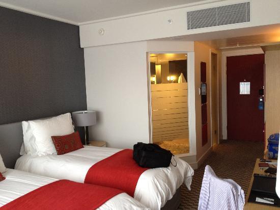 Radisson Blu Gautrain Hotel: Twin Room