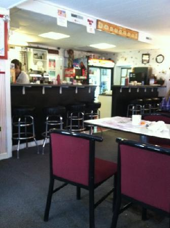 Munroe's Family Restaurant: inside