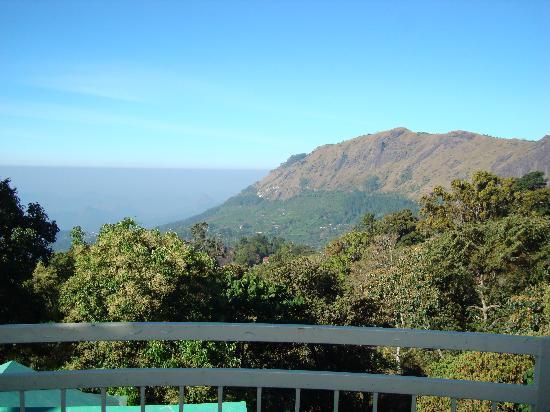 Deshadan Mountain Resorts: Вид из номера
