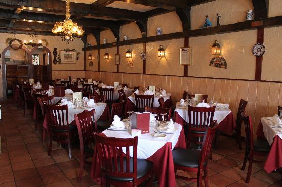 Meson Iberia Restaurant: Main Dining Room