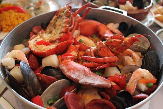 Meson Iberia Restaurant: Paella