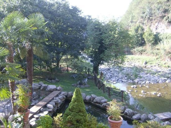 Villaggio Albergo San Lorenzo / Hotel & Residence Santa Caterina: veduta dalla nostra camera