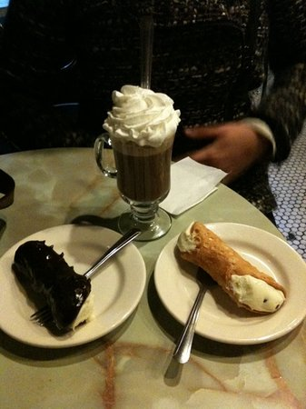 Caffe Roma Pastry