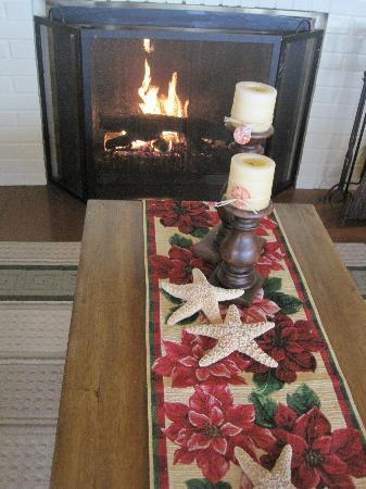 Ocean House Bed and Breakfast: A cozy fire
