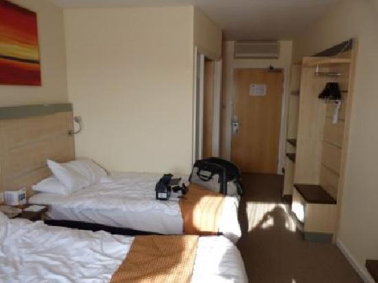 Holiday Inn Express Walsall: Room at the Holiday Inn Express