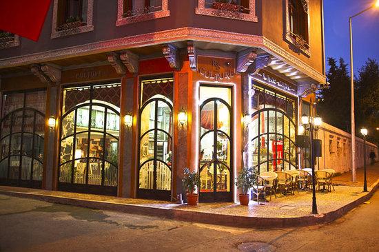 Romans Culture Cafe & Bistro