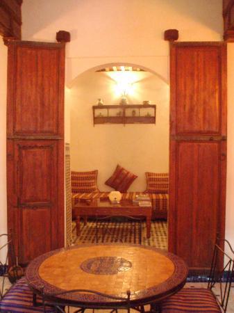 Dar El Hana: Salon