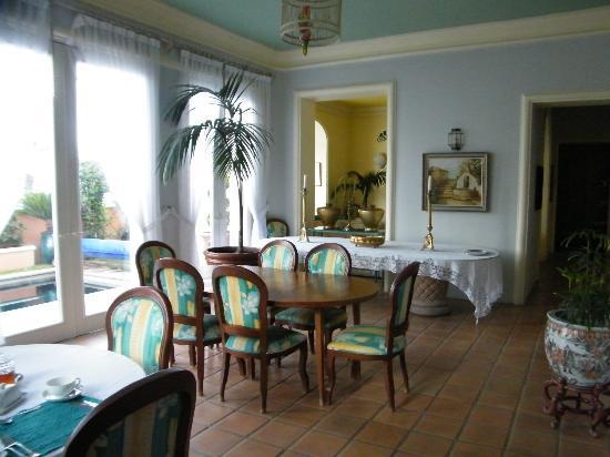 Lake Chapala Inn: salle a manger