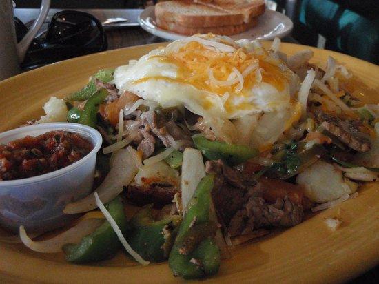 Cindy's Restaurant: Beef Fajita Skillet